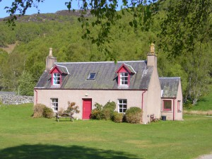 Cherry Cottage with tree shade